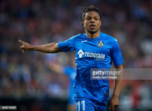 Loic Remy of Getafe celebrates after scoring a goal during the La Liga match between Valencia and Getafe at Mestalla Stadium on April 18 2018 in...