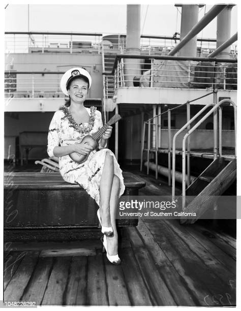 Lois Andrews arrives from Hawaii 5 April 1952 Lois Andrews Supplementary material reads 'Chernus Harbor Captions Arrival on Lurline Two negs show...