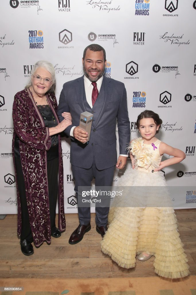Lois Smith, Jordan Peele and Brooklyn Prince pose backstage during IFP's 27th Annual Gotham Independent Film Awards on November 27, 2017 in New York City.