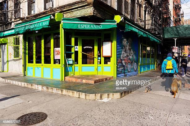 loisada avenue in east village new york - east village stock-fotos und bilder
