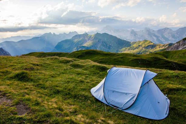 Loisirs - Bivouac en haute montagne