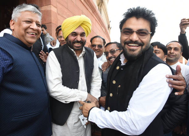 Lok Sabha MP for Sangrur constituency Punjab Bhagwant Mann met with Minister of State for Heavy Industries and Public Enterprises and Indian playback.