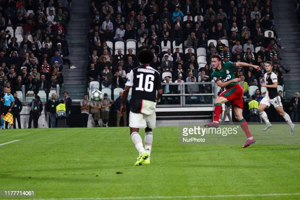 Lokomotiv Moskva midfielder Aleksej Mirancuk scores his goal to make it 01 during the Uefa Champions League group stage football match n3 JUVENTUS...