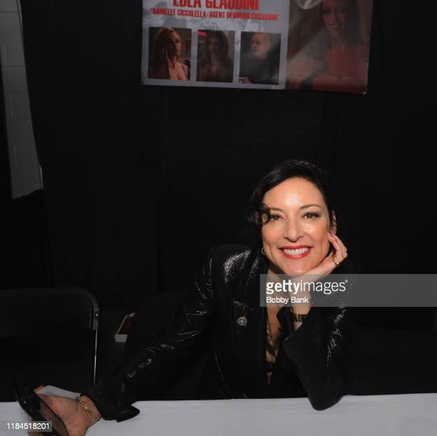 Lola Glaudini attends the Sopranos Con 2019 at Meadowlands Exposition Center on November 24 2019 in Secaucus New Jersey