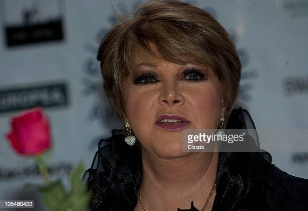 Lolita Ayala attends a press conference on the 25 years of the charity foundation Solo Por Ayudar at Bosque de Chapultepec on October 14, 2010 in...