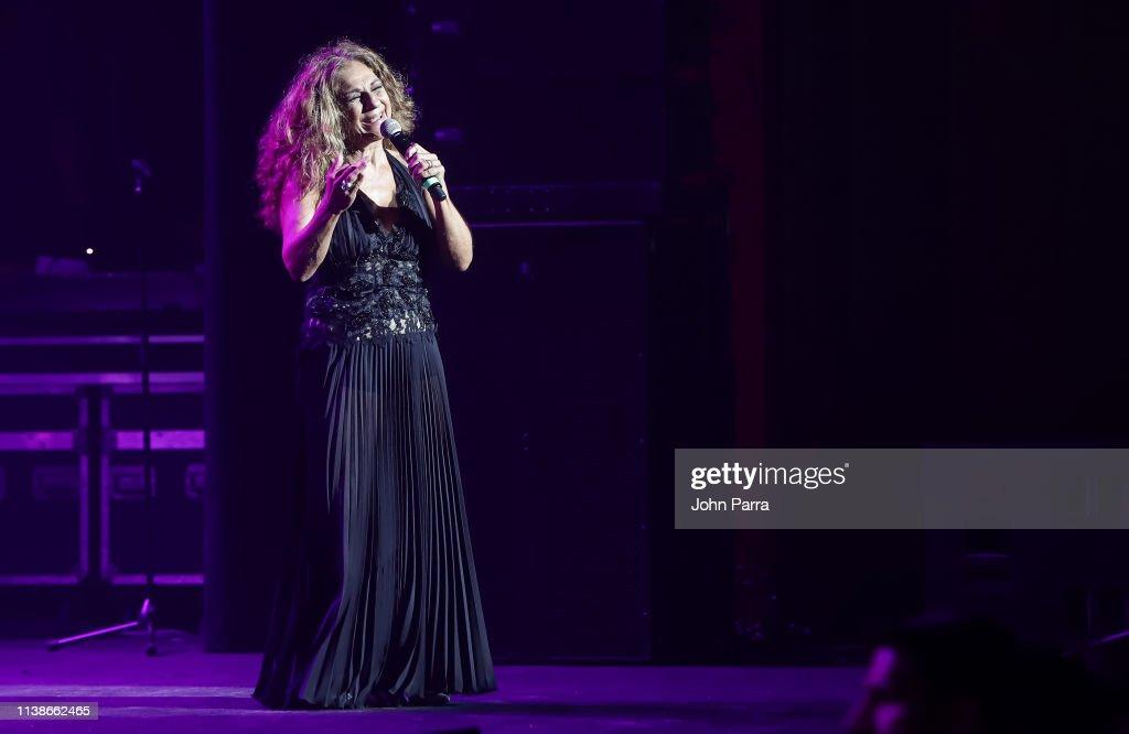 FL: Rosario y Lolita Flores In Concert - Miami, FL