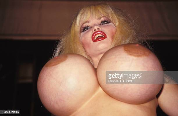 05/00/1995 Lolo Ferrari at the Miss bare breast contest during Cannes Festival