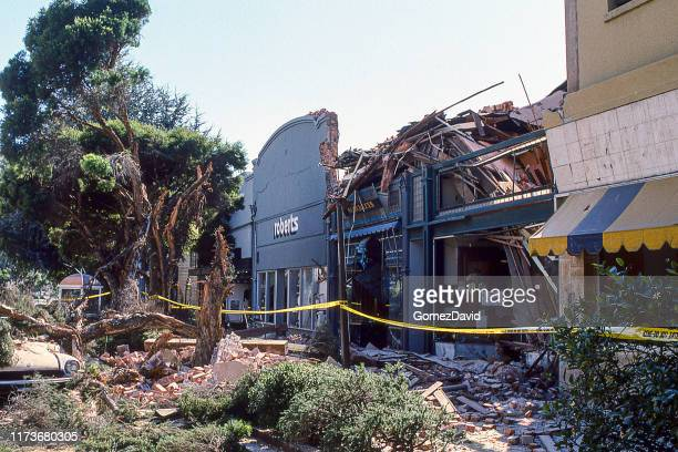 loma prieta 1989 earthquake damage to city center - earthquake stock pictures, royalty-free photos & images