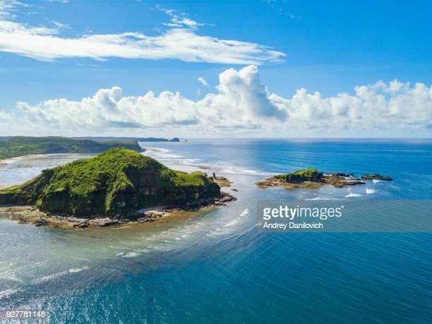 lombok insel ufer - meerlandschaft stock-fotos und bilder