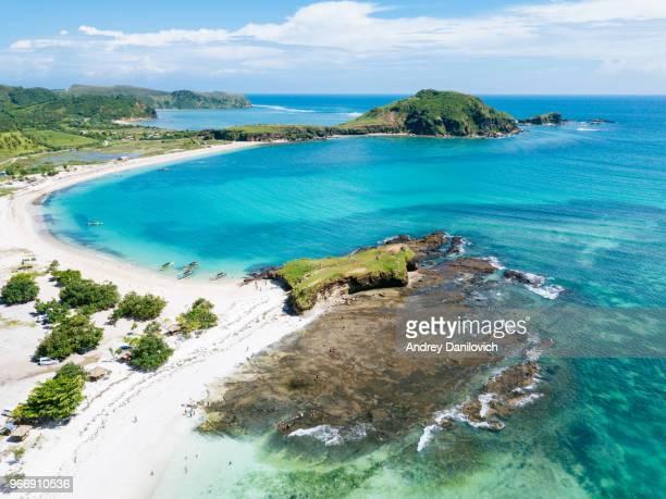 costas de la isla de lombok - lombok fotografías e imágenes de stock
