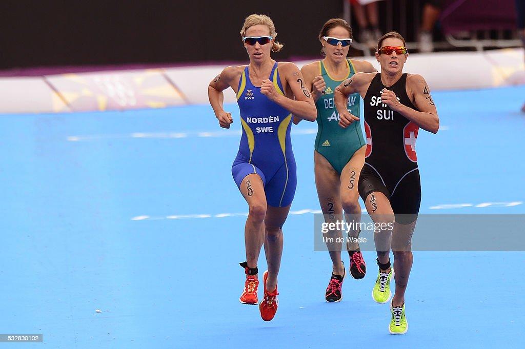 Londen Olympics / Triathlon : Women : Fotografía de noticias