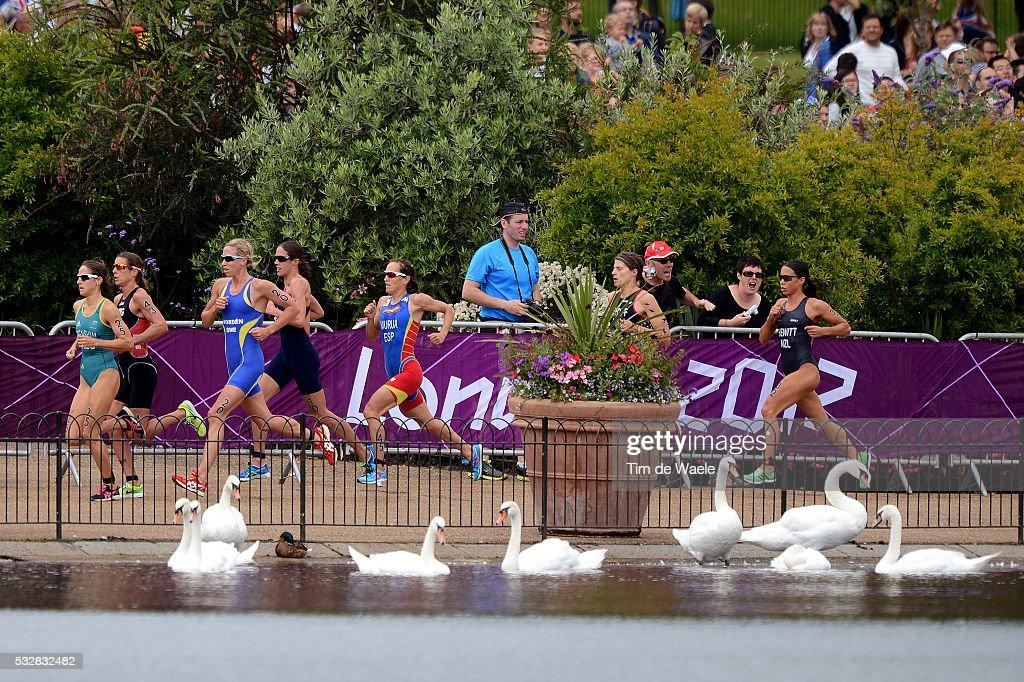 Londen Olympics / Triathlon : Women : News Photo