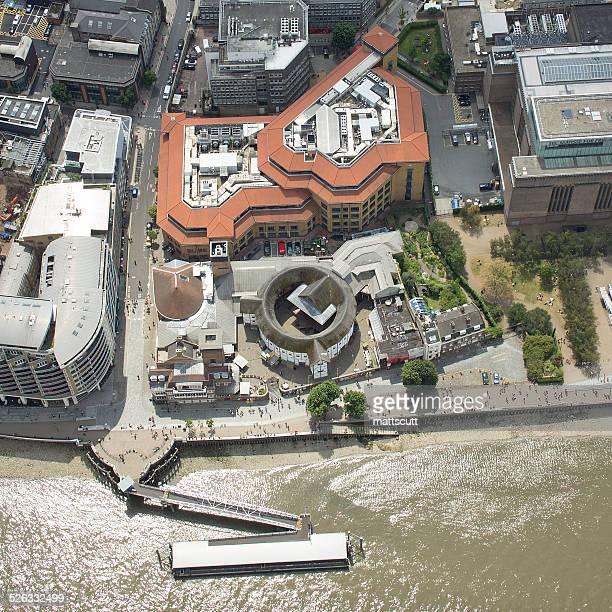 uk, london, aerial view of globe theatre - mattscutt stock pictures, royalty-free photos & images