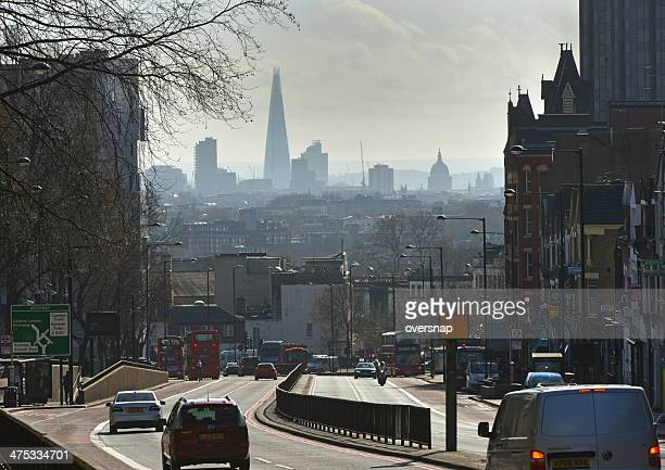 bogengang blick auf london - highgate stock-fotos und bilder