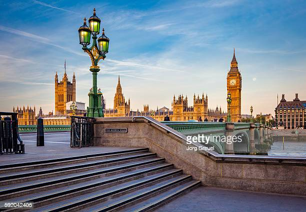 london at sunrise - westminster bridge stock pictures, royalty-free photos & images