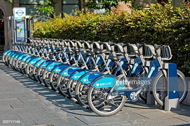 london - barclays bicycle hire point - barclays cycle hire stock pictures, royalty-free photos & images