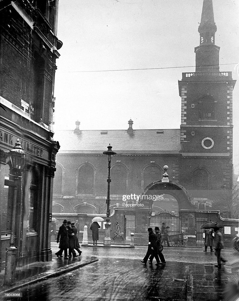 London Before The Blitz England Pic Circa 1930s St
