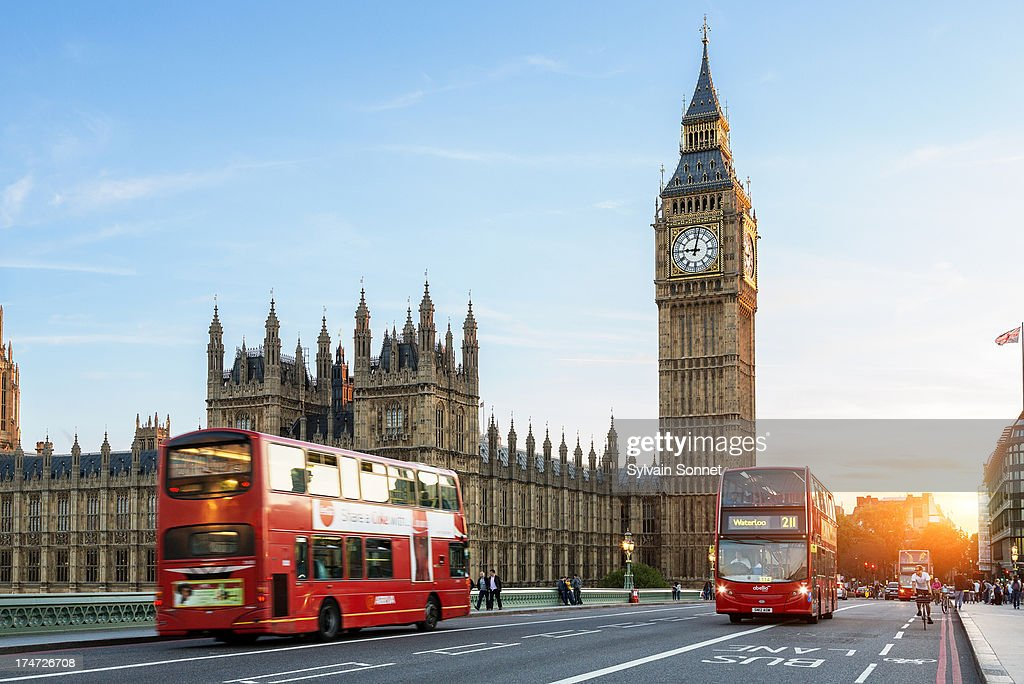 London Big Ben and traffic on Westminster Bridge : Stock Photo