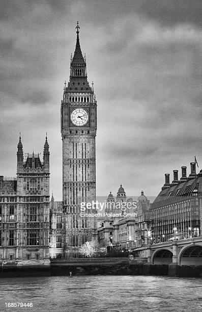 London, Big Ben, black and white
