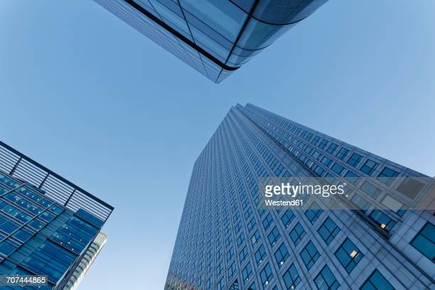UK, London, Canary Wharf, three skyscrapers seen from below