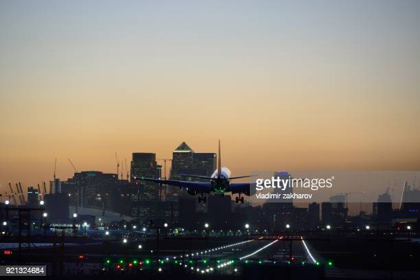 london city airport - london city airport stock pictures, royalty-free photos & images