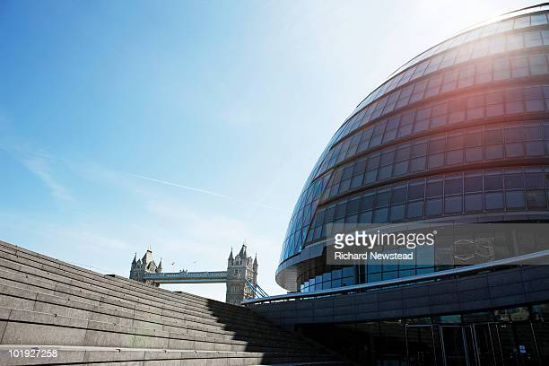 london city hall and tower bridge - low angle view stock pictures, royalty-free photos & images