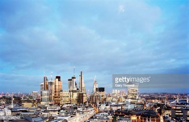 london city skyline - yeowell foto e immagini stock