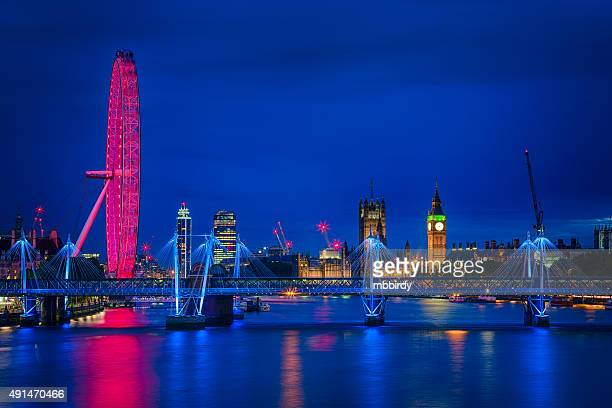 london cityscape along river thames with big ben at dusk - river thames stock pictures, royalty-free photos & images