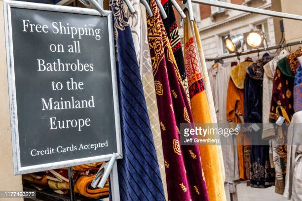 London Covent Garden market free shipping to Europe sign