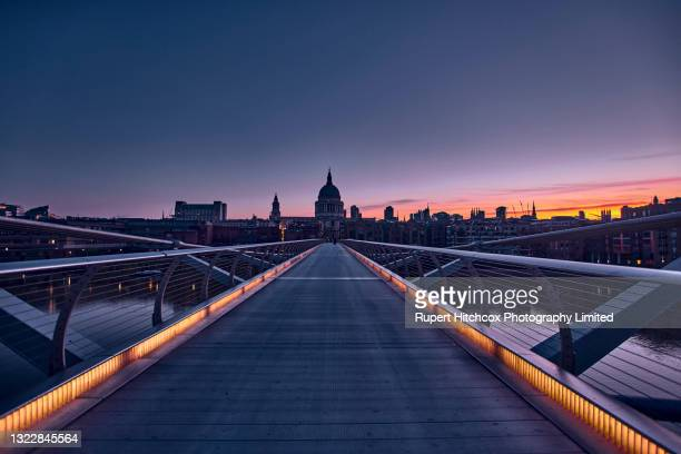 london dawn - london stock pictures, royalty-free photos & images