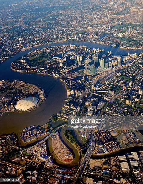 london dockhands aerial view - テムズ川 ストックフォトと画像