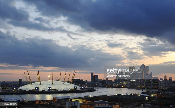 london docklands panorama at twilight - canary wharf stock photos and pictures