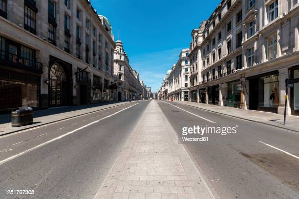 uk, london, empty regent's street on a sunny day - no people stock pictures, royalty-free photos & images
