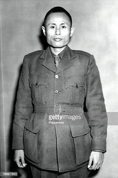 London England 10th January 1947 General U Aung Sang as he arrived in London leading a Burmese Ministerial mission for talks with the British...