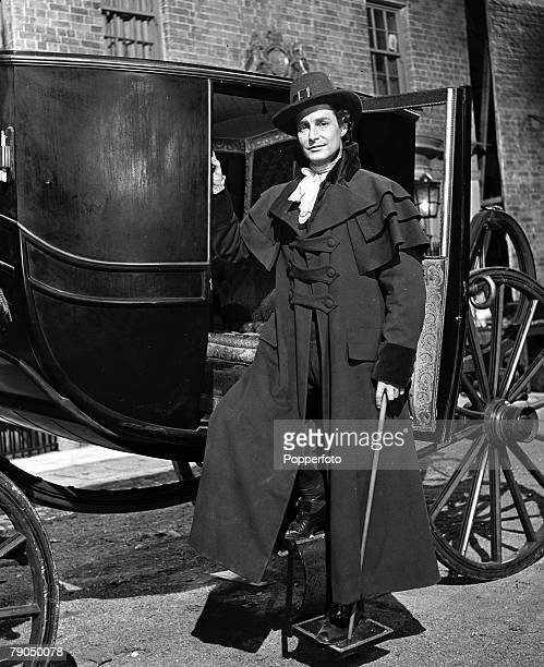London England 12th November 1941 British Actor Robert Donat in character for his part in the film 'The Young Mr Pitt' Stage and screen actor Donat...