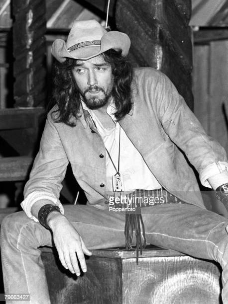 London England 17th December 1970 American pop star PJ Proby is pictured rehearsing for his role as 'Cassie' in an updated rock musical based on...
