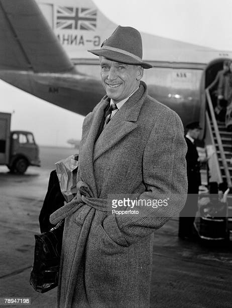 London England 17th January 1956 American Actor Douglas Fairbanks Jnr at the airport before leaving for the USA