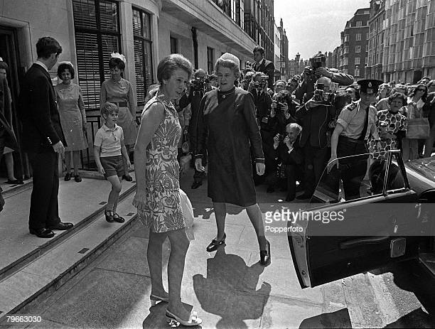 London England 17th July 1971 HRH Princess Anne leaves a London hospital 10 days after an operation to remove an inflamed ovarian cyst