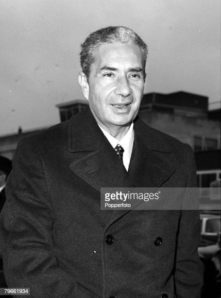 London England 19th December 1970 Italian Foreign Minister Aldo Moro is pictured at Heathrow after Downing Street talks