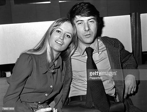London, England, 19th January 1971, British actress Susan George and American actor Dustin Hoffman are pictured together at a London reception prior...