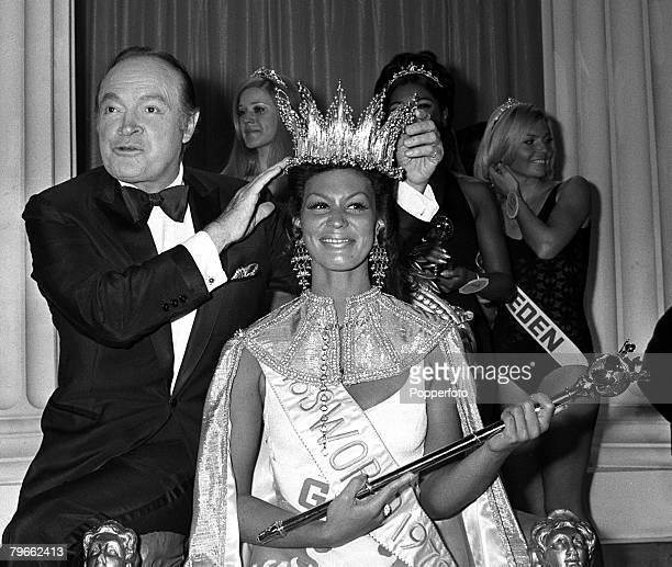 London England 20th November 1970 American comedian and entertainer Bob Hope crowns 22 year old Jennifer Hosten of Grenada Miss World Jennifer was...