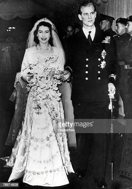 London England 20th November Princess Elizabeth and Philip Mountbatten pictured leaving Westminster Abbey after their wedding ceremony