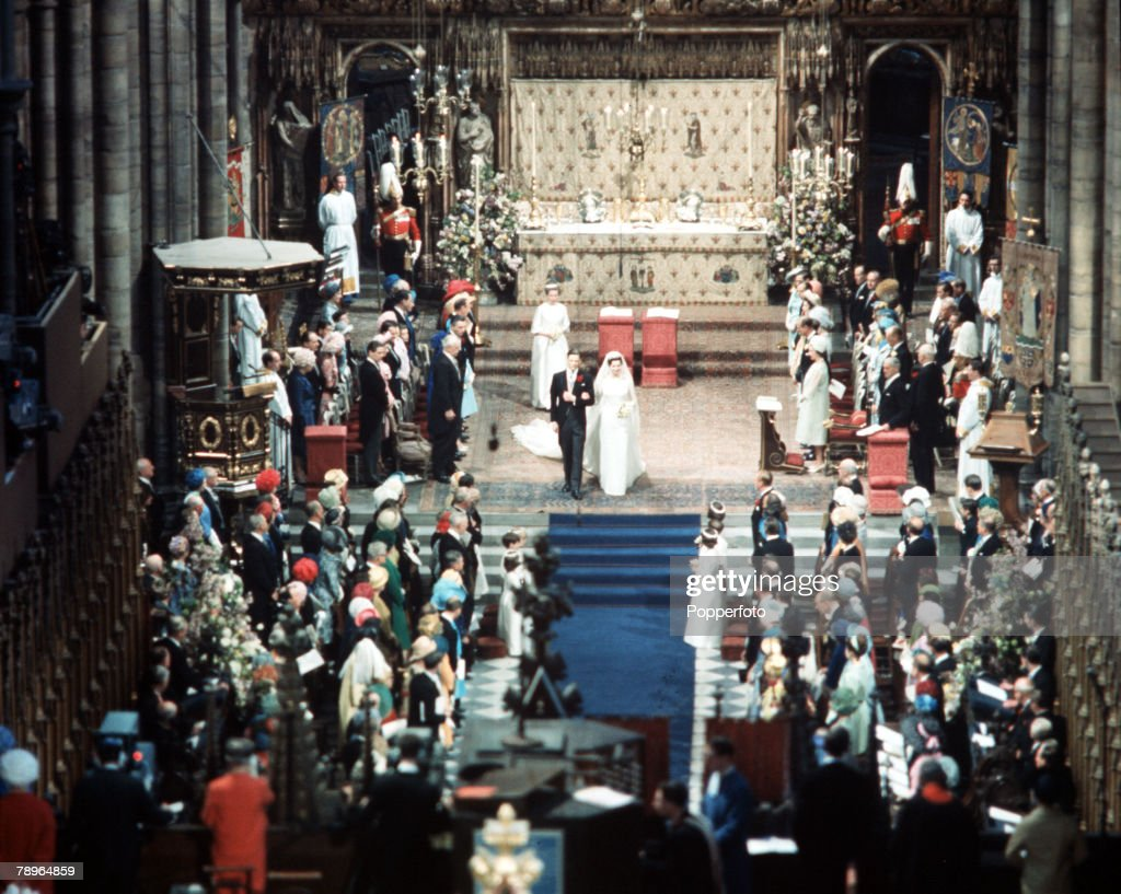 London, England. 24th April 1963. A general scene inside Westminster Abbey during the wedding of Princess Alexandra and Angus Ogilvy. : News Photo