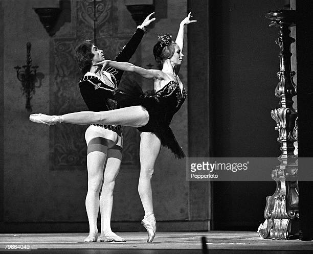 London England 25th October 1970 Russian ballet dancers who have defected from the Soviet Union Natalia Makarova and Rudolf Nureyev are pictured...