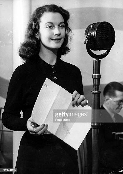 London England 2nd February Actress Vivien Leigh star of the film 'Gone With The Wind' speaking into a microphone while broadcasting from Drury lane...