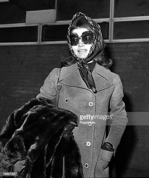 London England 3rd January 1972 Jackie Kennedy Onassis is pictured leaving London's Heathrow for the USA