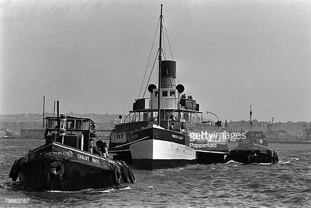 London England 4th June 1970 Tugs pull the paddle steamer Princess Elizabeth to her final resting place at the newly developed St Katherine Docks on...