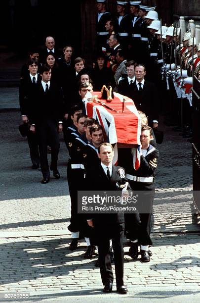London England 5th September 1979 The coffin of Lord Louis Mountbatten is carried to the funeral service at Westminster Abbey