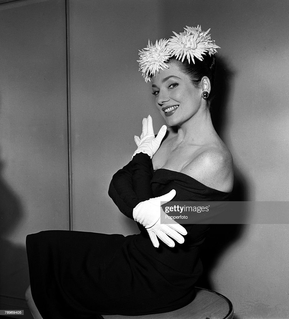 pictures Valerie French (actress)