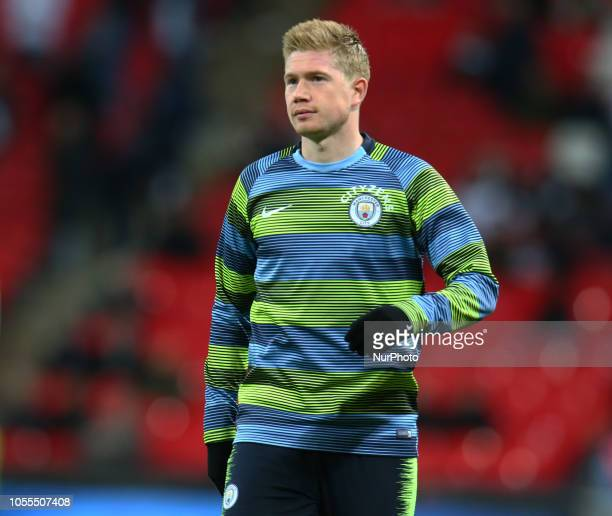 London England October 29 2018 Manchester City's Kevin De Bruyne during the prematch warmup during Premier League between Tottenham Hotspur and...